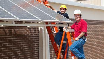Curso Gratuito Curso Online Energías Renovables: Energía Solar y Eólica